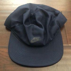 Nike Dry fit nylon hat